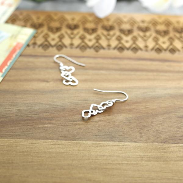 Heart-earrings-HE-01