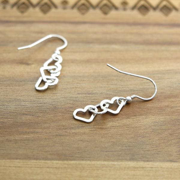 Heart-earrings-HE-02