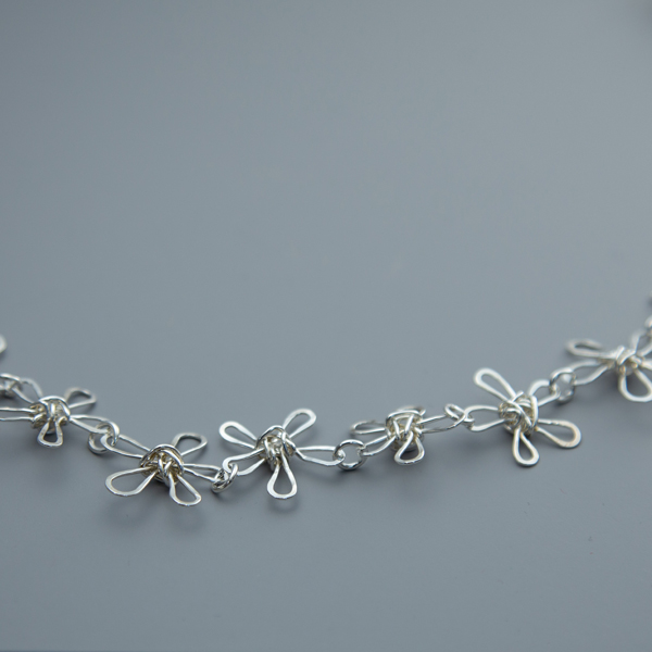 daisy-chain-necklace-WDCN-02