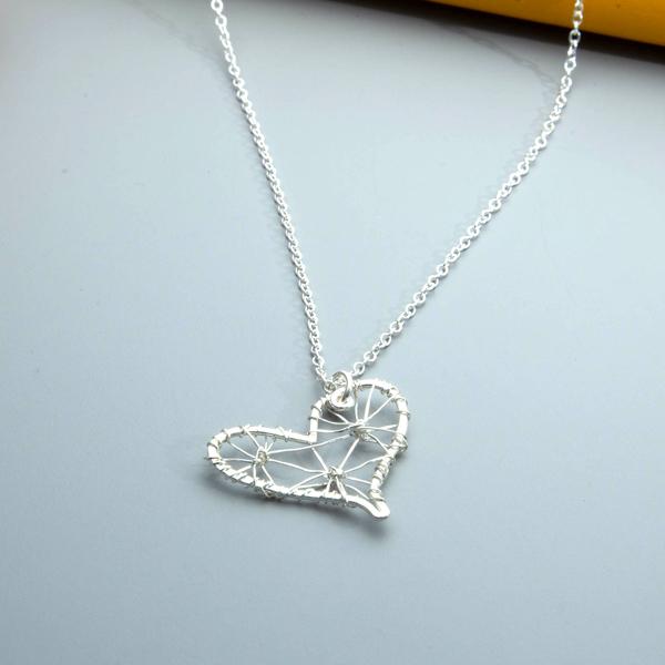 filigree-wire-heart