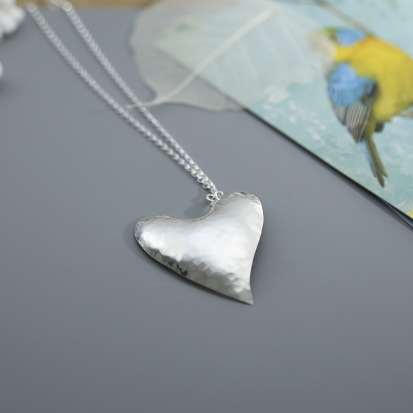 hammered-heart-pendant-ELBPHP
