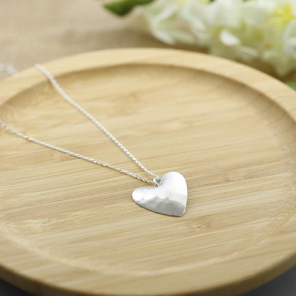 hammered-heart-pendant-MBPHP