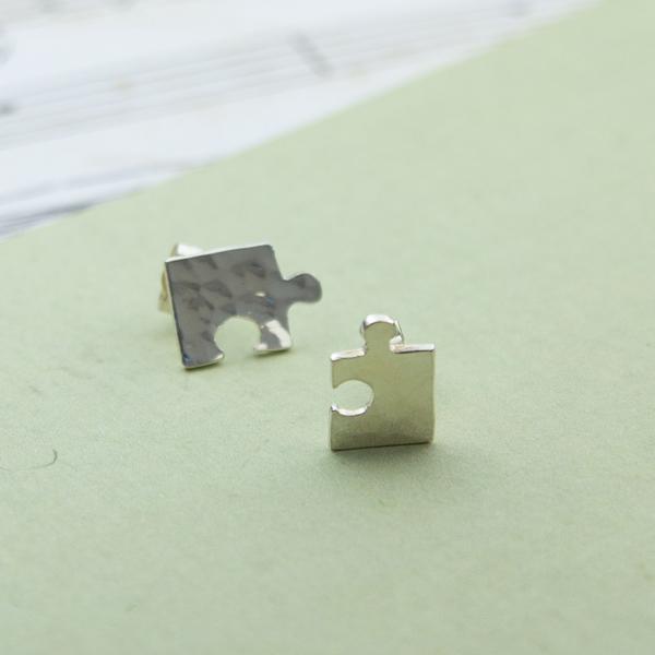 jigsaw-studs-TJGS
