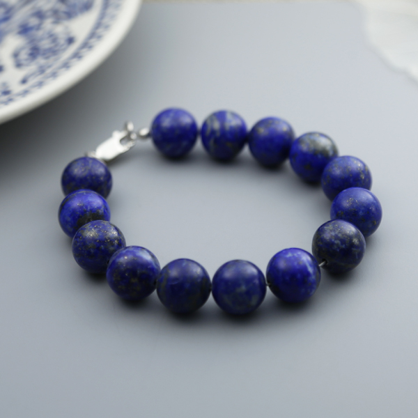 lapis-lazuli-bracelet