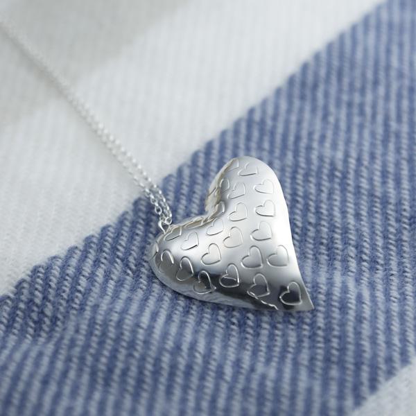 stamped-heart-pendant-ELH2HP
