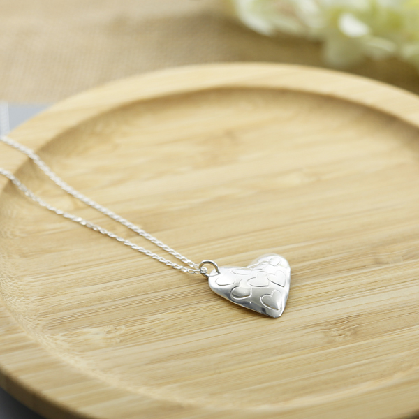 stamped-heart-pendant-MH2HP