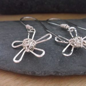 sterling silver wire daisy flower earrings
