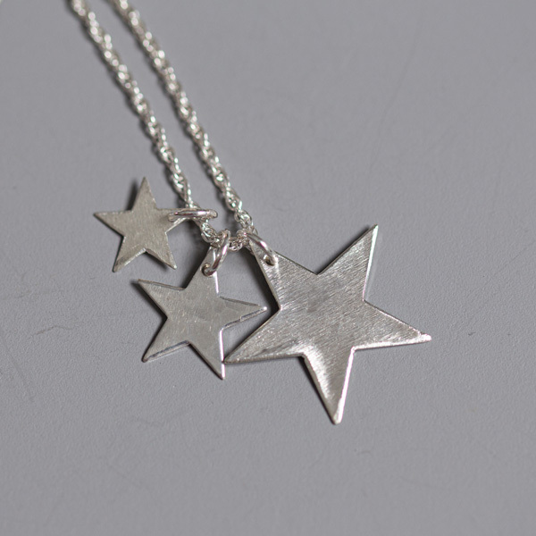 3-star-pendant-reverse