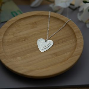 3 heart pendant